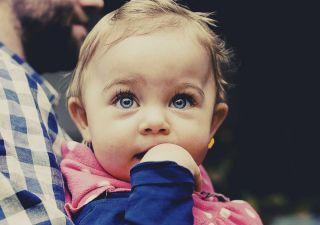 0-1岁:语言准备期